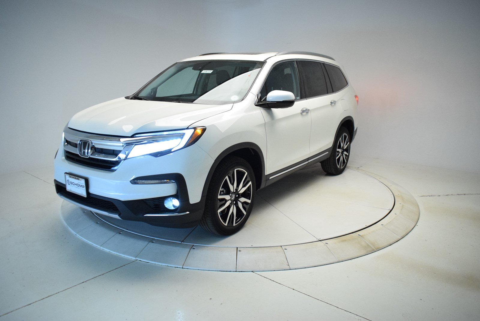 New 2019 Honda Pilot Touring Sport Utility In Highlands Ranch